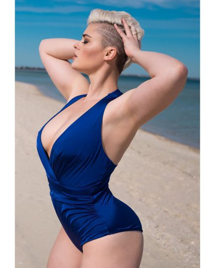Stefania Ferrario Plus-size model