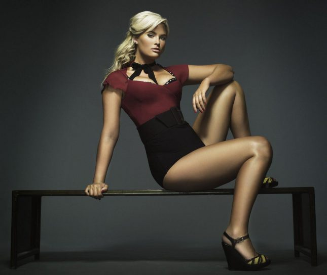 Whitney Thompson Plus-Size Model