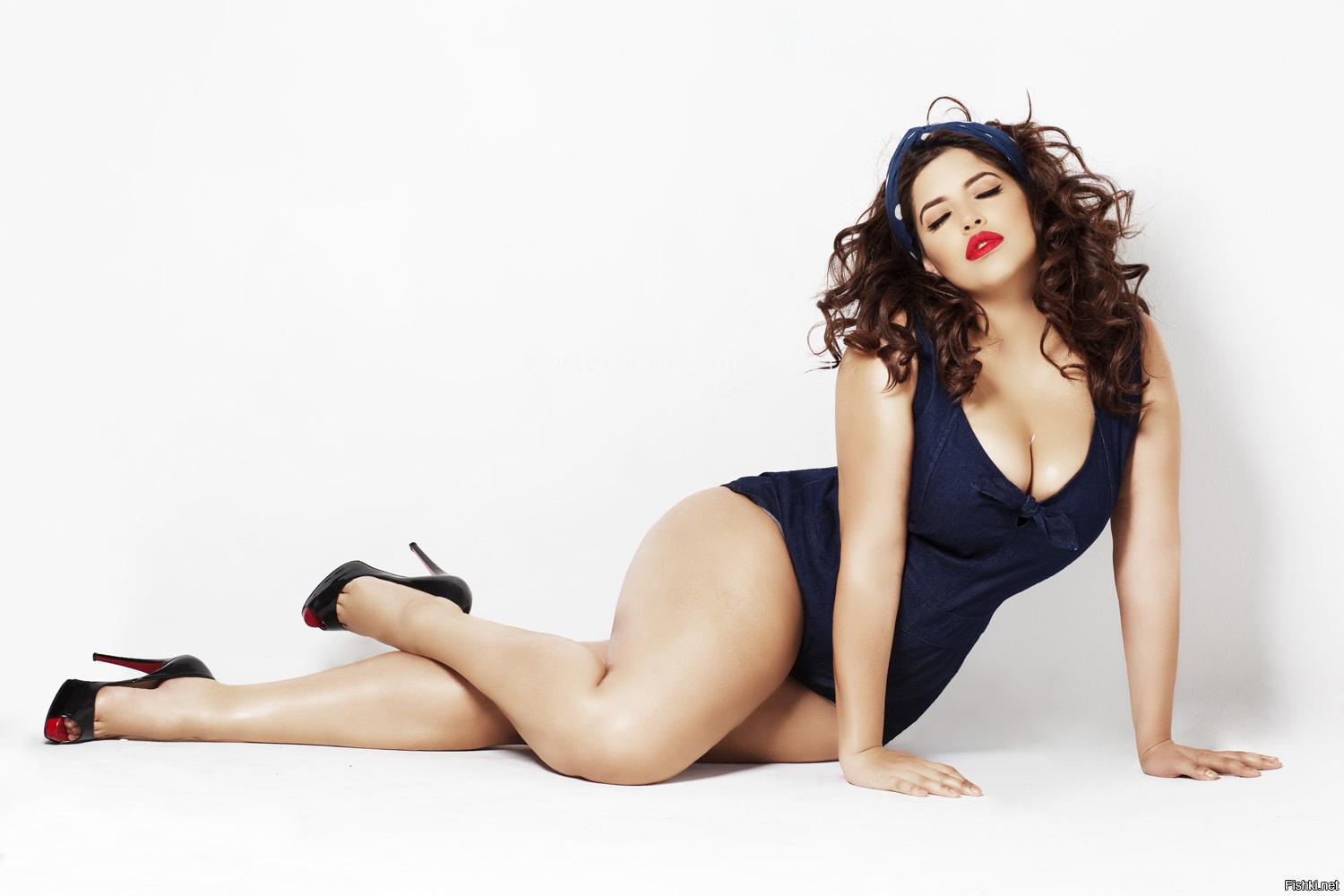 Top 10 Hot Plus Size Sexy Models 2018