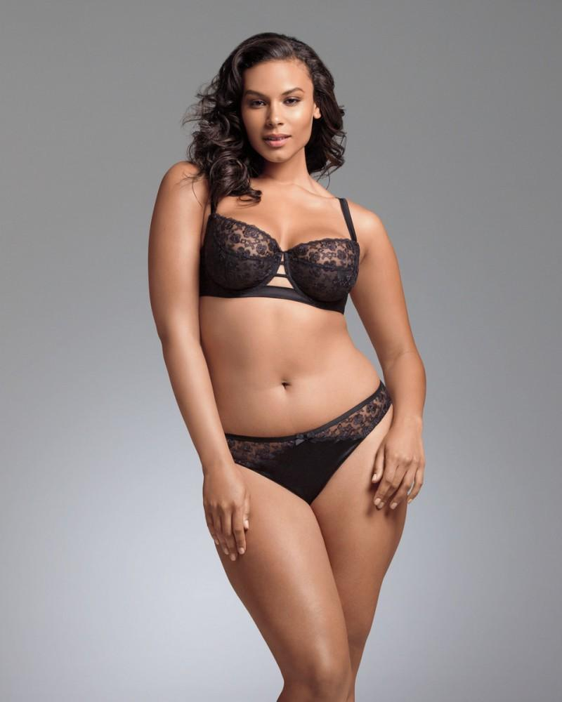 Marquita Pring Plus Size Sexy Model