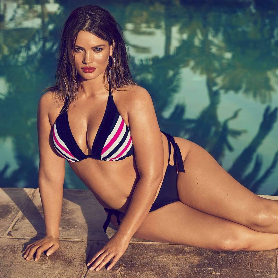 Plus Size Bikini Models - Tara Lynn